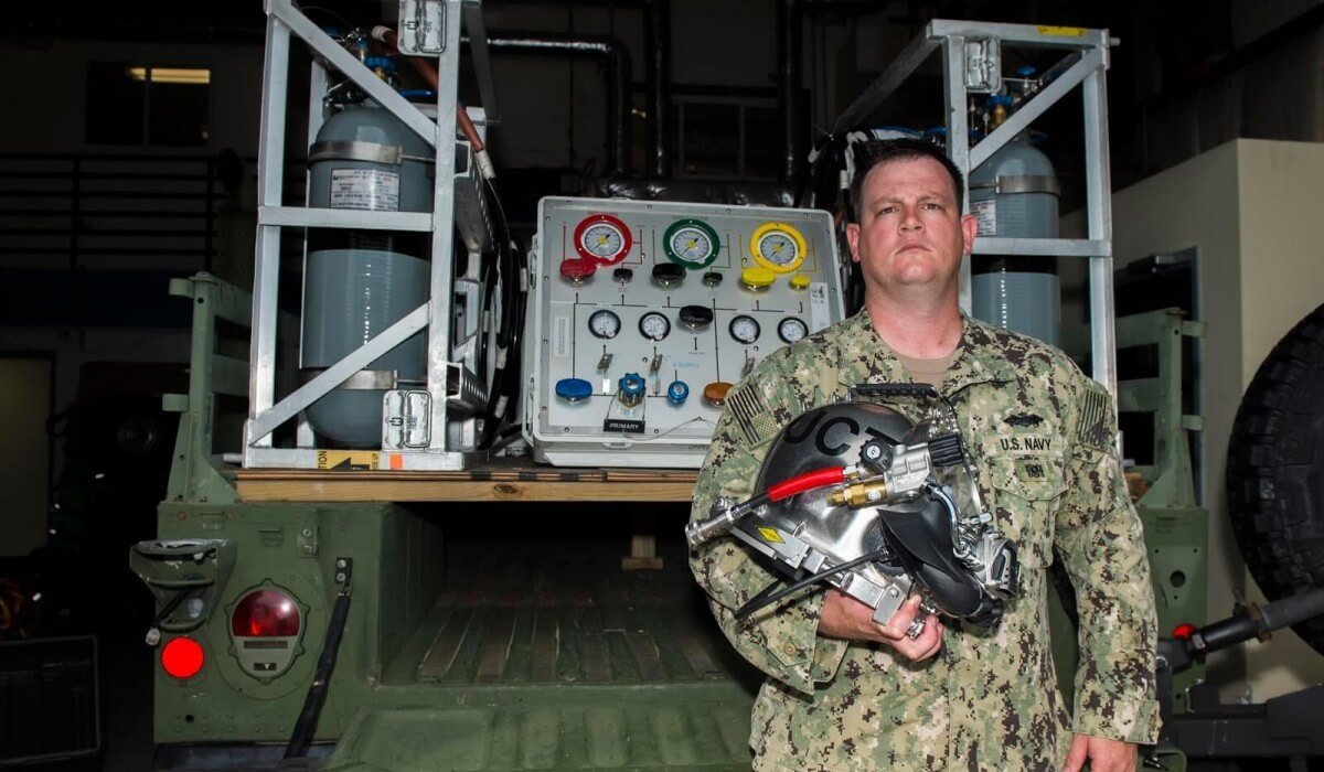 Post Photo for Decorah Native Serves at U.S. Navy's Underwater Construction Team